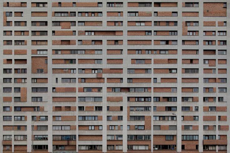 Filip Dujardin · The exhibition space as a pedestal for itself · Divisare