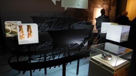 """""""Alexander der Große - Faszination im Lokschuppen Rosenheim"""" - mein Beitrag zur #Blogparade #KulturEr"""". Wie nehmen Kinder eine Ausstellung wahr? War Alexander böse oder gut? Warum schlug man ihm die Nase ab? Fragen über Fragen, die aufgeworfen wurden. (6.11.2013)"""