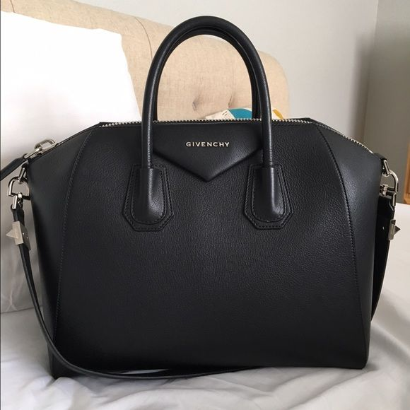 Medium Givenchy Antigona I can negotiate through ️️!!!!This is a like-new Givenchy Antigona in pebbled goatskin in the medium size. It has very minor signs of wear, and comes with its certificate of authenticity, leather sample, dustbag, and receipt. This is a perfect opportunity to avoid sales tax, which leaves the bag costing over $2600! Givenchy Bags Satchels