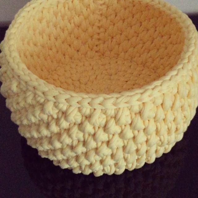 Kendileri doğum günü hediyesi olarak gidecekmiş .. Güzel günlerde kullanılsın..  #hediyelik #gift #decoration #handmade #crochetbasket #sepet #knit #yellow #gebe #dogum #babyshower #banyo #home #interior #chicco #tasarim #dogumgunu #yılbasi #design #sunum #decorationideas #crochet #method #teknik #örgü #like #photograpy #video