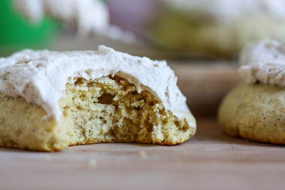 Giant Chai Tea Frosted Cookies: The fluffy cookie is reminiscent of those delicious Lofthouse cookies, spiked with some cinnamon and ginger, and topped with a chai tea buttercream frosting.