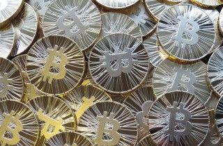Banco de Bitcoins Flexcoin cierra tras el robo de 896 BTC - FayerWayer
