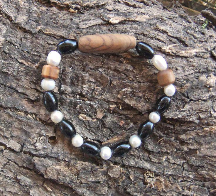 Freshwater Pearl,  Onyx gemstone and olive wood braclet by ellenisworkshop on Etsy
