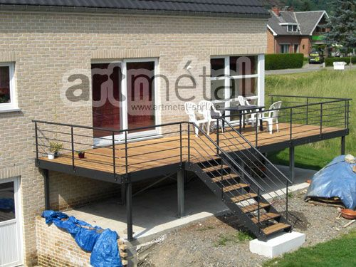 Plus de 25 des meilleures id es de la cat gorie escalier ext rieur sur pinterest escaliers for Terrasse suspendue beton photo