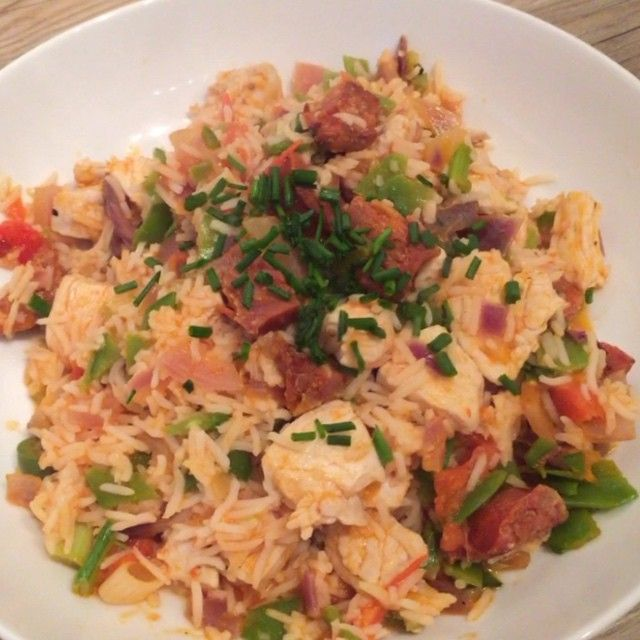 """""""Try this tasty spicy chicken and chorizo with rice #leanin15 It don't look all that but it tastes lovely!"""""""