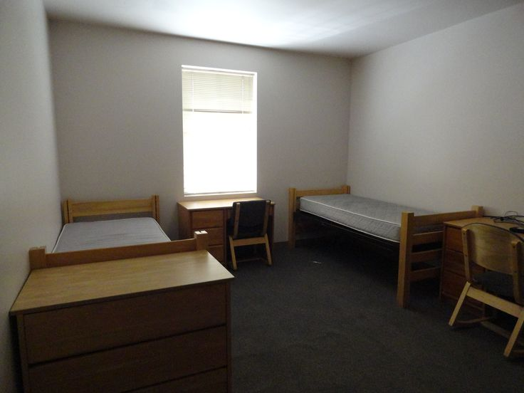 LaRoche Dorm Room (2592×1944) Part 93