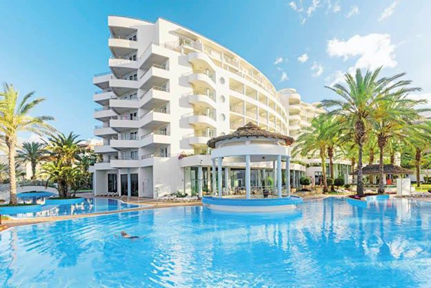 Hotel LTI Pestana Grand  https://www.travelzone.pl/hotele/portugalia/wyspa-madera/pestana-grand