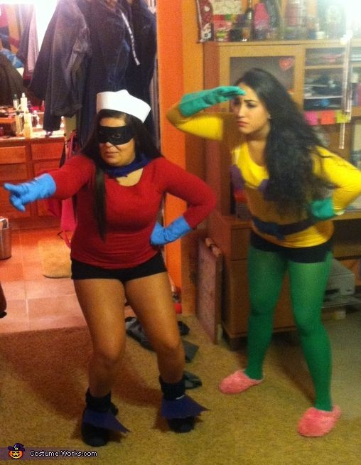 Mermaid Man and Barnacle Boy (from SpongeBob SquarePants) - 2013 Halloween Costume Contest