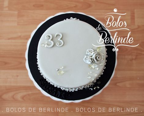 Diamonds Cake - Bolo Diamantes #bolosdeberlinde #cakedesign #cakedecoration #diamonds