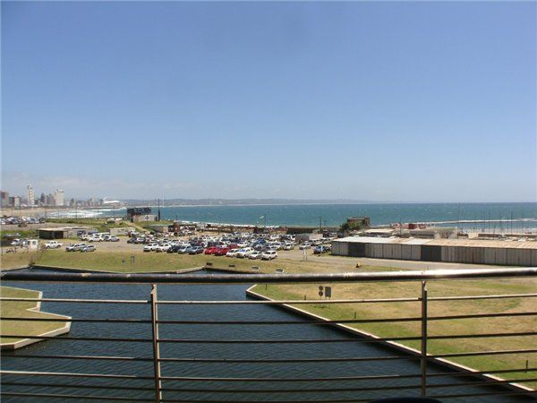 3 bedroom apartment in Durban Point Waterfront, Durban Point Waterfront, Property in Durban Point Waterfront - J78211