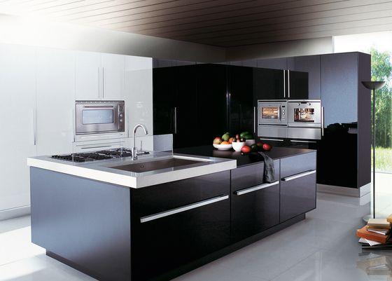 Italian Kitchen Design with Island from Dada