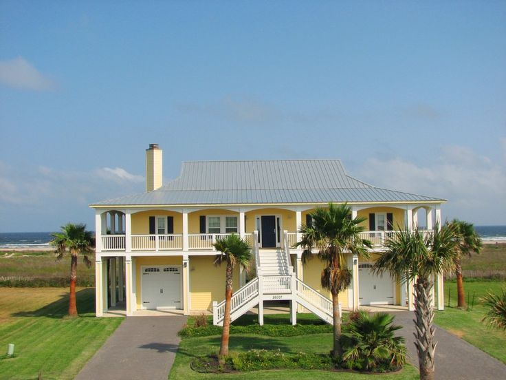 Pointe west vacation rental vrbo 462948 5 br galveston house in tx pointe west custom beachfront home sleeps 12 3 queen rooms 1 with 2 sets of