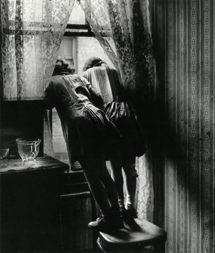 """Bill Brandt, """"Stepney,"""" 1939 From The Photography of Bill Brandt from liquidnight"""