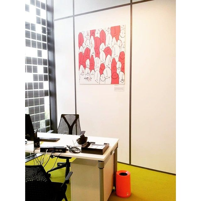 Logitech France in Paris just moved to a new office! Logitech chose the Ideaco Tubelor Neon and the Tsumugi card boxes to give their new office a pop of colour. What a cool and funky place to work!!