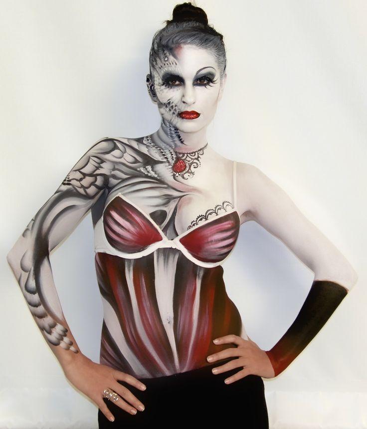 http://mehronblog.blogspot.com/2012/04/international-makeup-artist-trade-show.html
