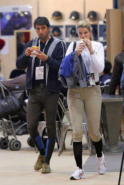 Athina Onassis - Athina Onassis Roussel Grabs a Snack