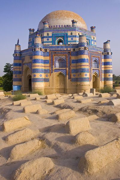 15th century Mausoleum of Bibi Jawindi, Uch Sharif, Pakistan (Michele Falzone)