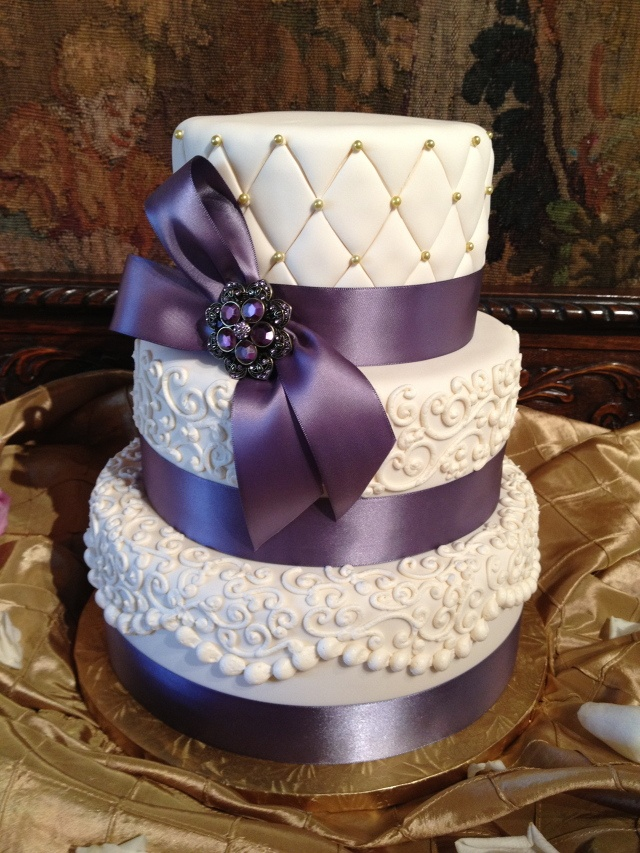 Anna Cakes victorian lilac ribbon vintage 3 tier www.annacakes.com