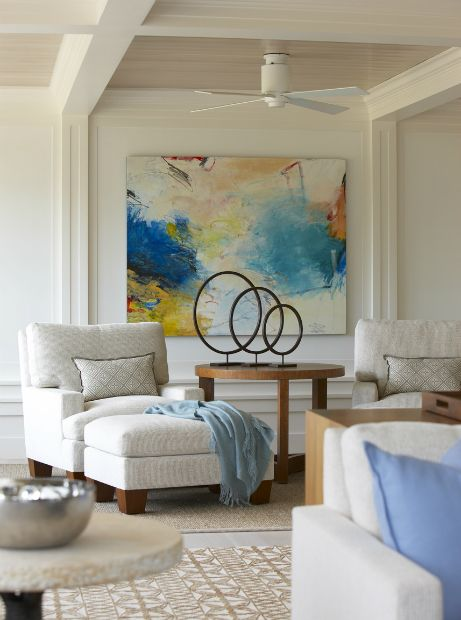 Farm Neck > Hutker Architects — Martha's Vineyard, Cape Cod and Nantucket (I don't like the artwork on the wall or the sculpture on the table, but those chairs and ottoman looks awfully cozy.)
