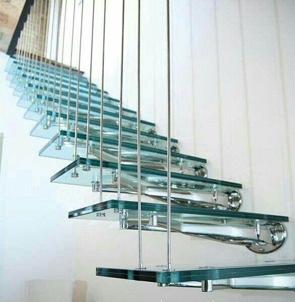 Model Tangga Kaca Rumah Minimalis