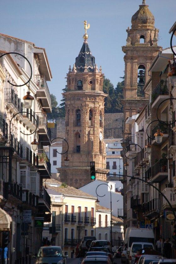 """SPAIN / Andalucía - La avenida del Infante don Fernando """"el de Antequera"""" (mas tarde fue.. Fernando I,  rey de Aragón, de Valencia, de Mallorca, de Sicilia, de Cerdeña y de Córcega) -Antequera, Málaga."""