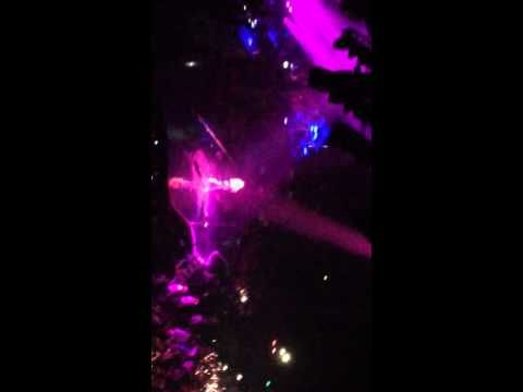 ▶ BEYONCE GLASGOW Mrs Carter Show World Tour 2014 Into / Drunk in Love / If I Were a Boy - YouTube