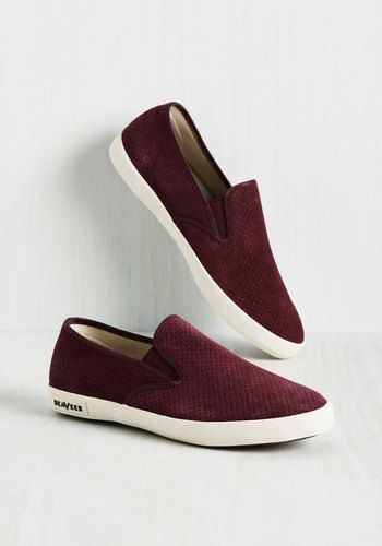 Head for the coast in these perforated sneakers and you'll find that every moment spent in their burgundy faux suede is a party! The Baja style from SeaVees, these sporty slip ons keep the fun alive with perforated uppers and white, treaded soles, so you can kick it 'til sunset.