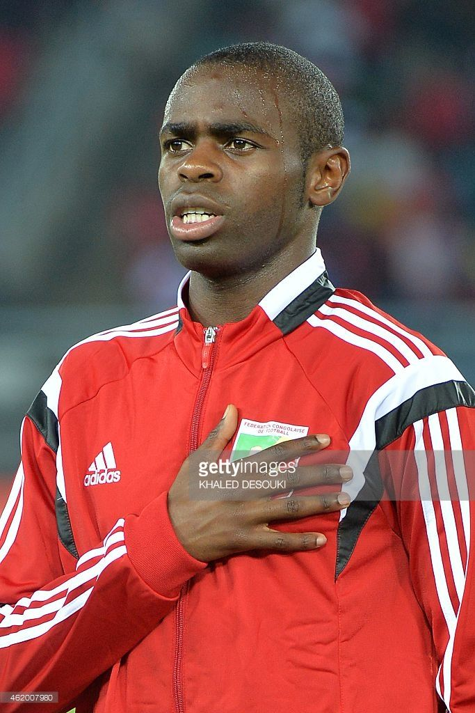 congos-midfielder-prince-oniangue-listens-to-his-national-anthem-of-picture-id462007980 (683×1024)