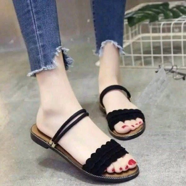 Model Sandal Tali Wanita Terbaru 2019 Di 2020 Sandal Tali