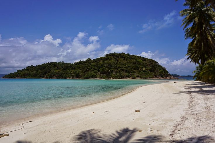 Pantai Selat Rangsang Tempat Indah di Kepulauan Riau - Kepulauan Riau