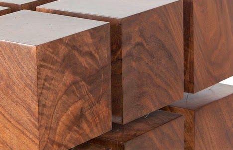 Original mesa de centro flotante.