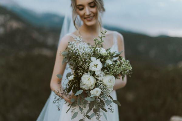 White and green bouquet    #wedding #weddingideas #aislesociety #mountains #mountainwedding