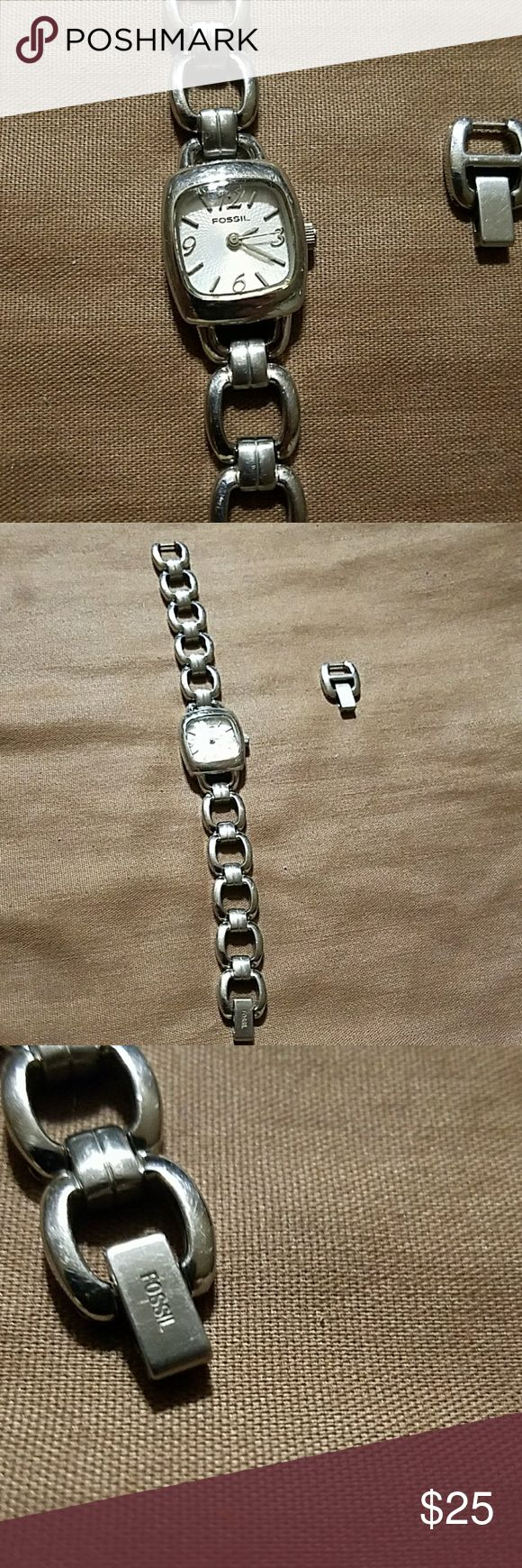 Fossil watch Silver fossil watch. Just needs a battery. Fossil Jewelry