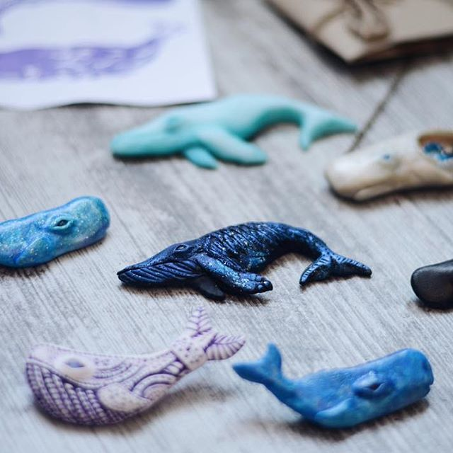 Whale polymer clay brooch. Polymer clay jewelry. Whale jewelry. Whale pendant. Sea accessories.