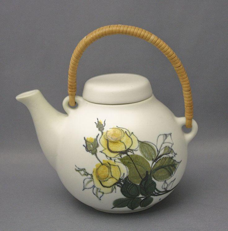 Arabia, teekannu, Hilkka-Liisa Ahola