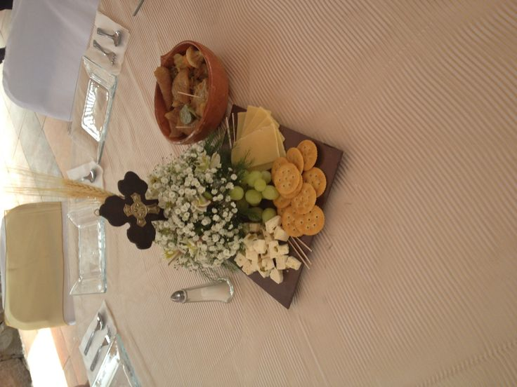 Centro de mesa para primera comunión