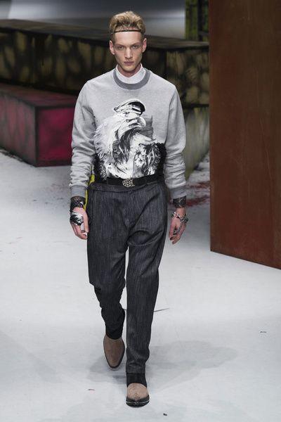 MMU FW 2014-15 – Roberto Cavalli See all the catwalk on: http://www.bookmoda.com/sfilate/mmu-fw-2014-15-roberto-cavalli/#imgID-67449  @Roberto Cavalli #robertocavalli #milan #fall #winter #catwalk #menfashion #man #fashion #style #look #collection #MMU