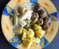 Rezept all-in-one Hackbällchen mit Kohlrabi und Kartoffeln von Hannebue - Rezept der Kategorie Hauptgerichte mit Fleisch