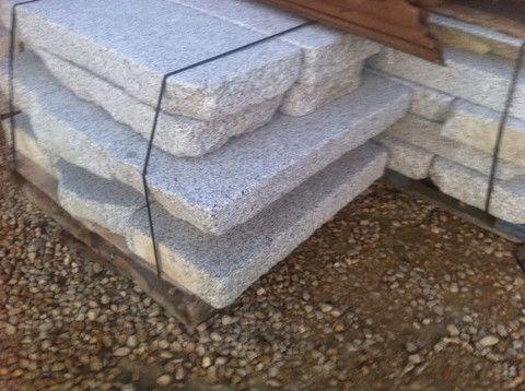 Losa de granito antiguo – Anticuable