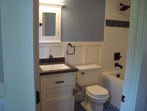 Historic craftsman traditional bathroom like the style for Craftsman bathroom designs