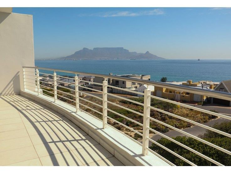 Why I lIve In Cape Town - Cape Town Luxury apartment on the beach