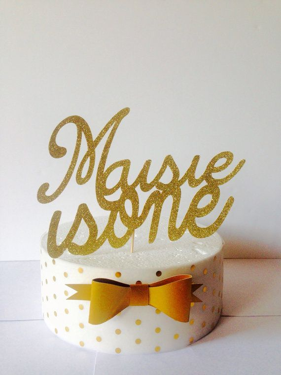 This is a listing for a beautiful glitter one cake topper personalised with name. The text has been digitally cut in a beautiful font - Make your