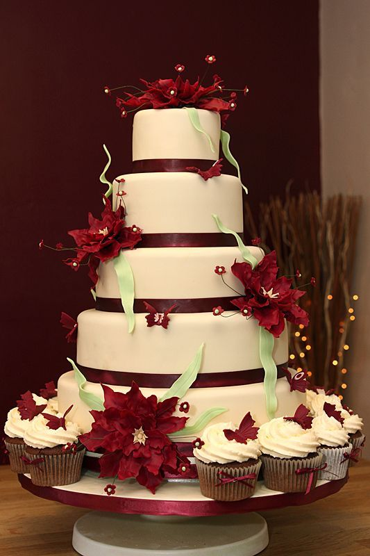 burgundy wedding cake flowers 65 best wedding stuff images on wedding ideas 12243