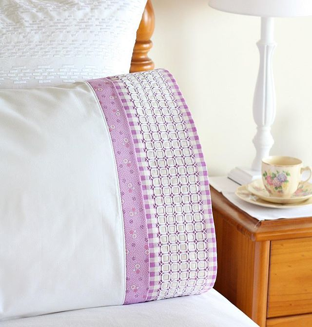 Sweet Dreams Pillowcase - featuring a panel of chicken scratch embroidery for a\u2026 & 623 best Pillowcases images on Pinterest | Sewing crafts Sewing ... pillowsntoast.com