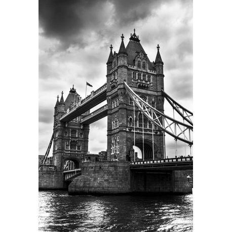 Obraz na płótnie - Czarno biały Tower Bridge - dostępny w rozmiarach 150x100, 120x80, 90x60, 60x40 i 40x26 cm #fedkolor #obraz #na #płótnie #czarnobiały #blackwhite #ze #zdjęcia #architektura #most #TowerBridge #Anglia #sztuka #art #wnętrza #interiors #pomysł #ozdoba #dekoracje #inspiracje