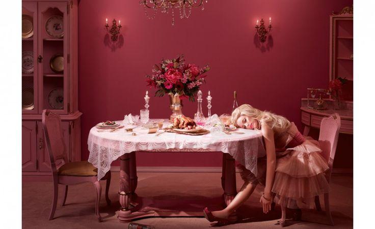 Il matrimonio fallito di Barbie e Ken nel progetto della fotografa Dina Goldsnein