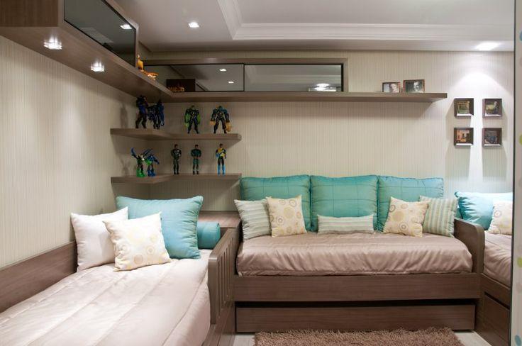 Quartos pequenos planejados de solteiro tres camas for Dormitorio para quarto pequeno