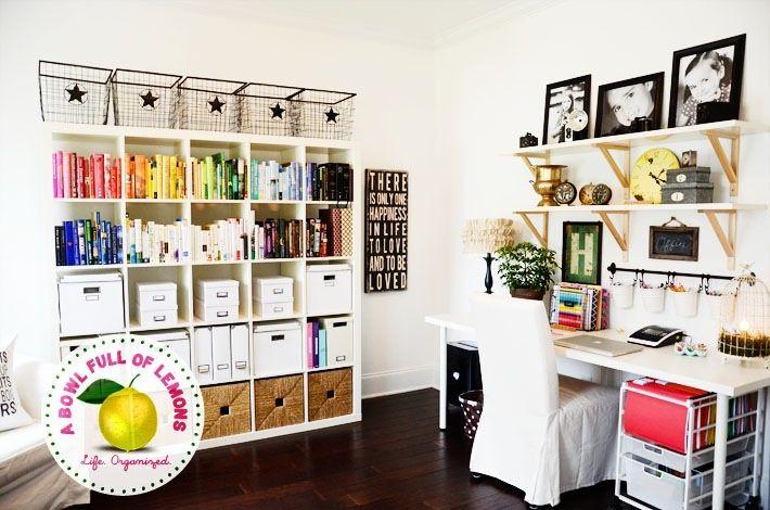 Very pretty office orginization!