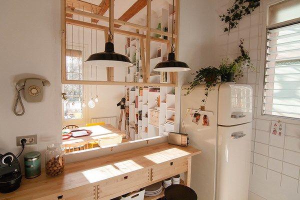 Neus Casanova empieza al revés en el diseño de un mini loft en Barcelona.