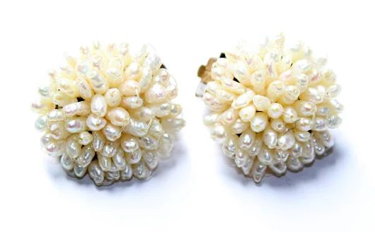 Faux Pearls Cluster Vintage Clip On Earrings c1960s